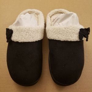 Isotoner Black and White Faux Fur Slippers